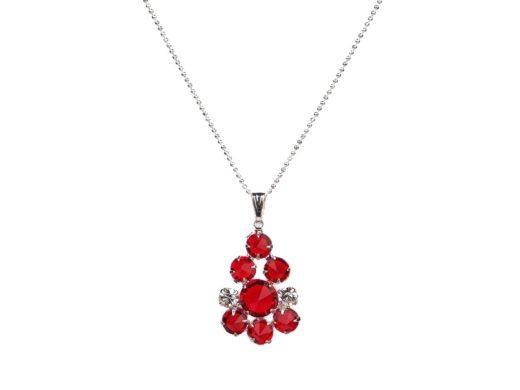 czerwony kryształowy wisiorek na srebrnym łańcuszku