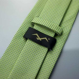 Krawat z etykietką IKA | krawat z etykietką IKA