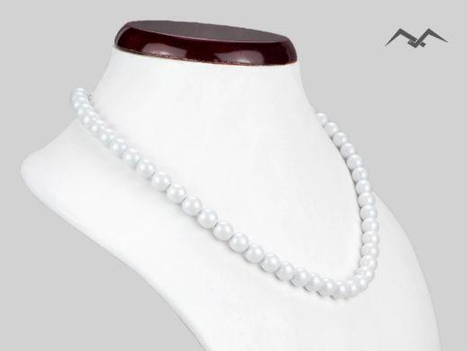 Klasyczny naszyjnik z białych pereł szklanych