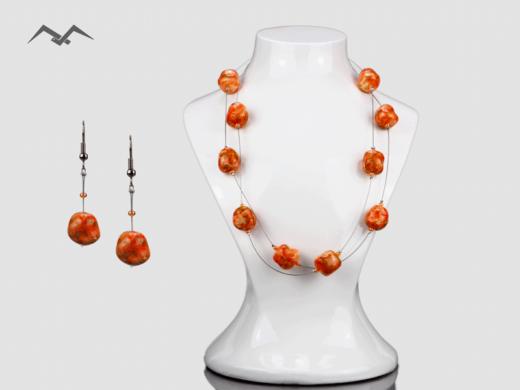 Biżuteria-perłowa-kamienie-nieregularne