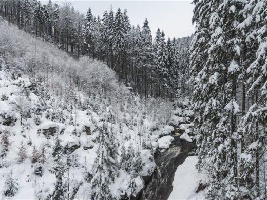 Czeska dolina krysztalowa preciosa
